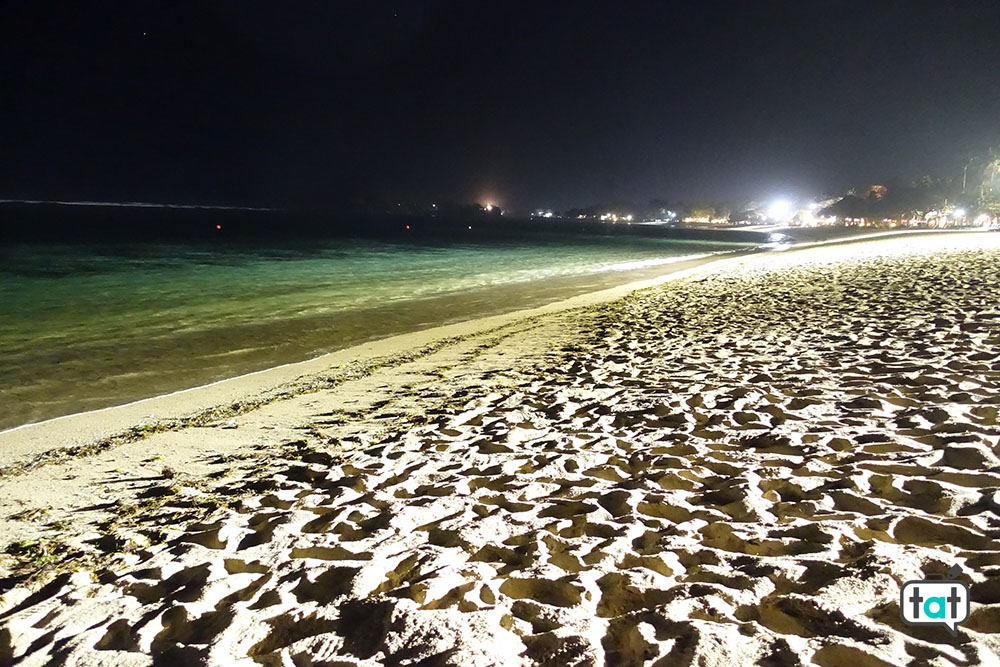 talk about travel bali jimbaran beach spiaggia notte