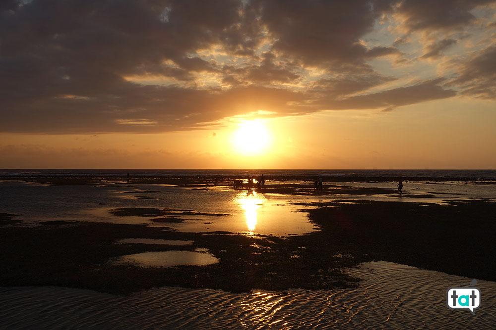talk about travel gili trawagan spiaggia mare tramonto