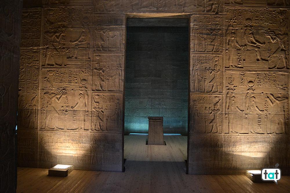 talk about travel egitto tempio di abu simbel interno