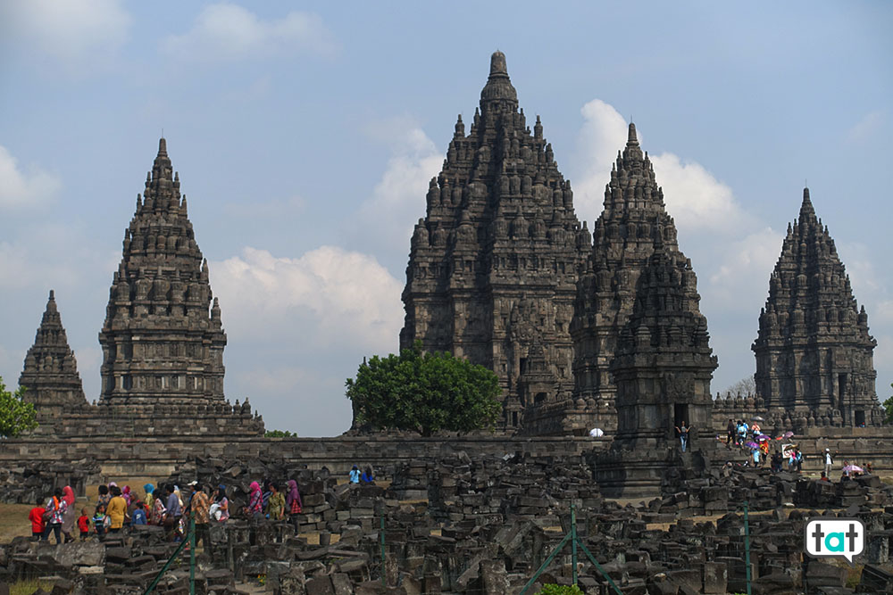 talk about travel indonesia java tempio prambanan