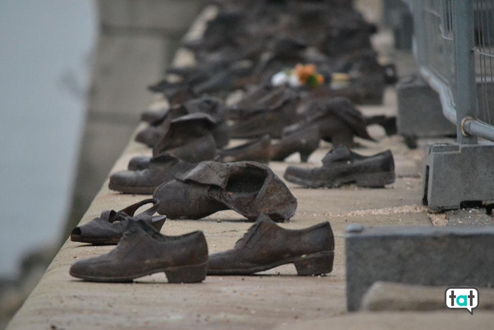 budapest shoes memorial