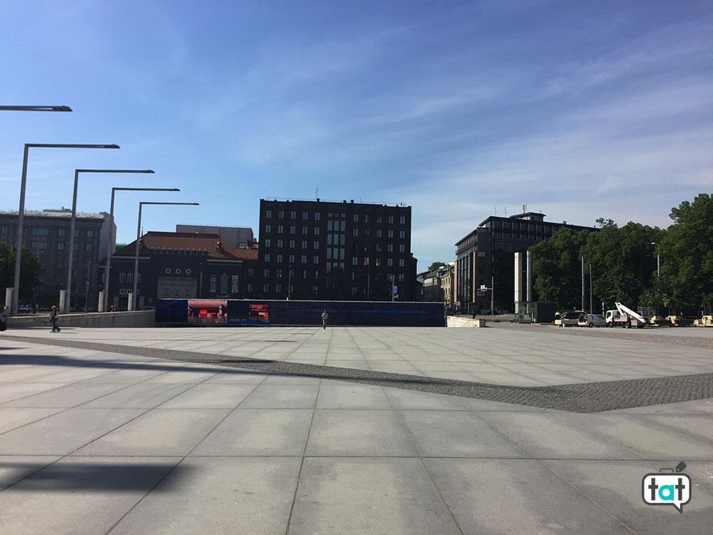 tallinn piazza della liberta