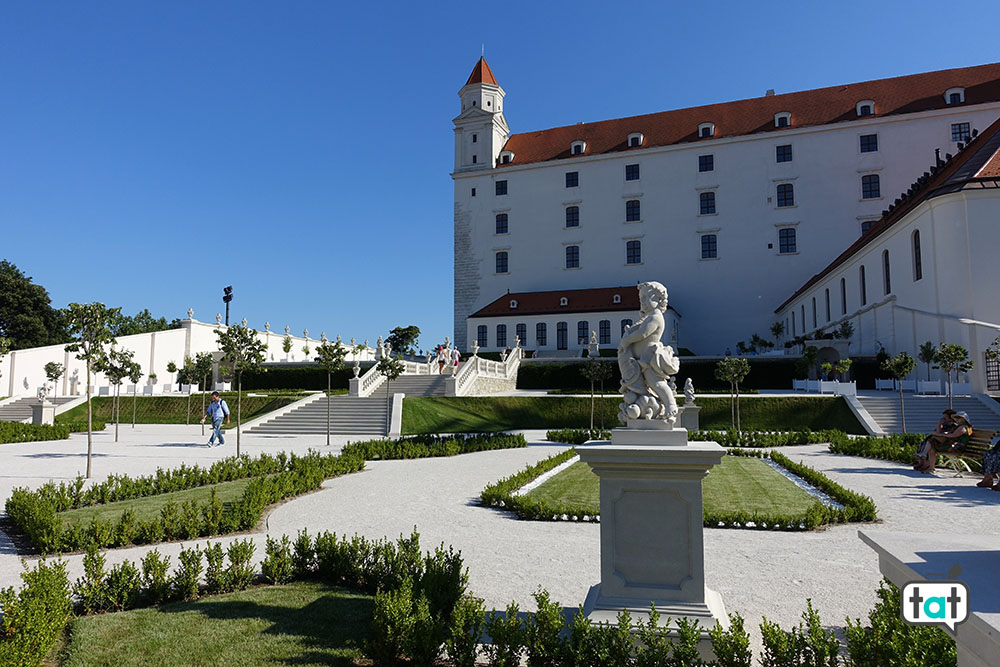 bratislava castello