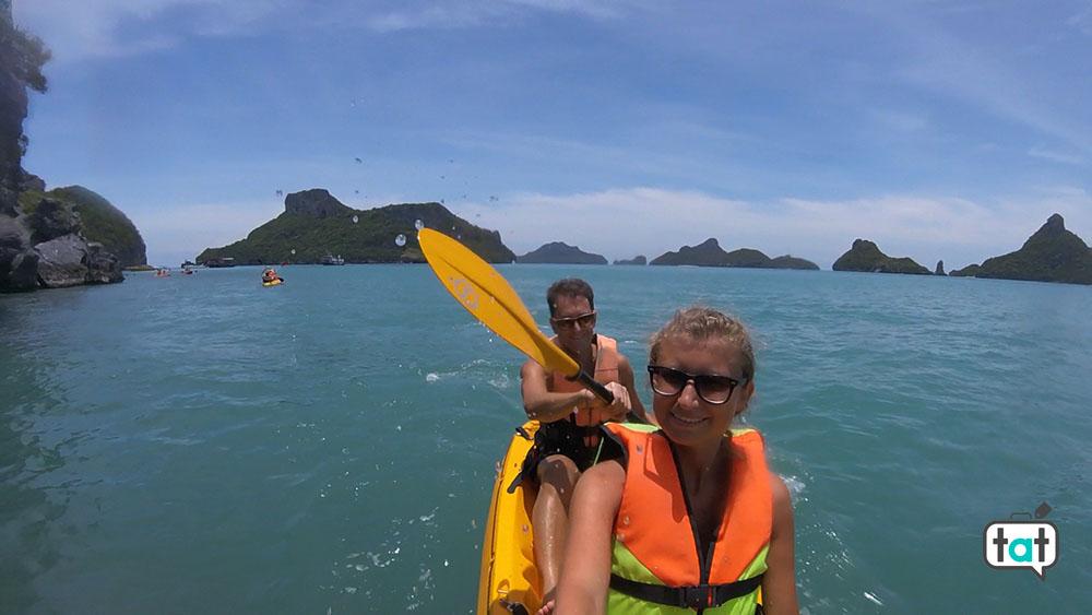 kayak ang thong park