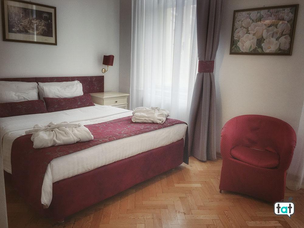 praga hotel suite home