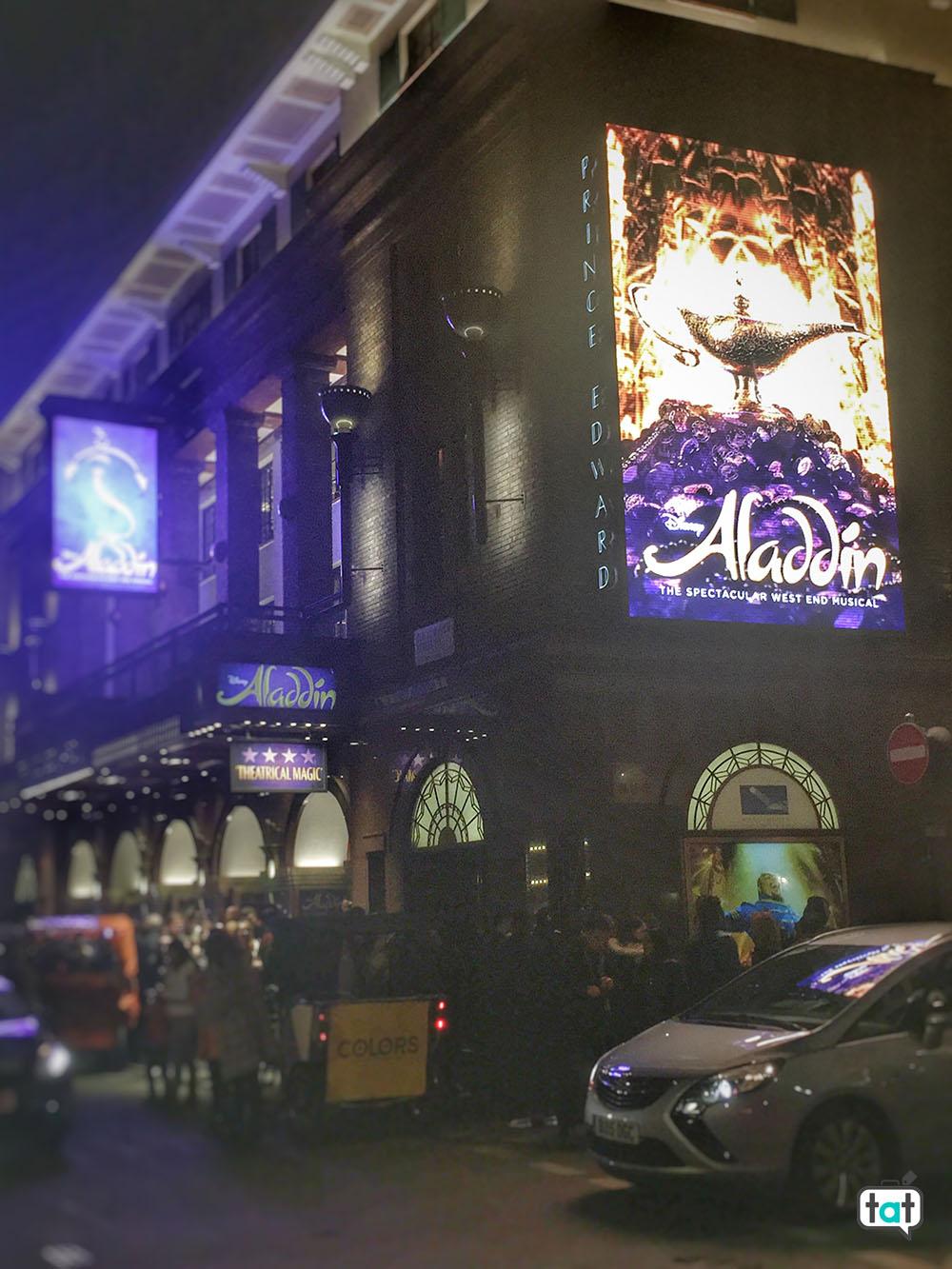 Aladdin ingresso al teatro