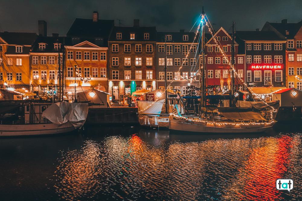 Nyhavn di sera